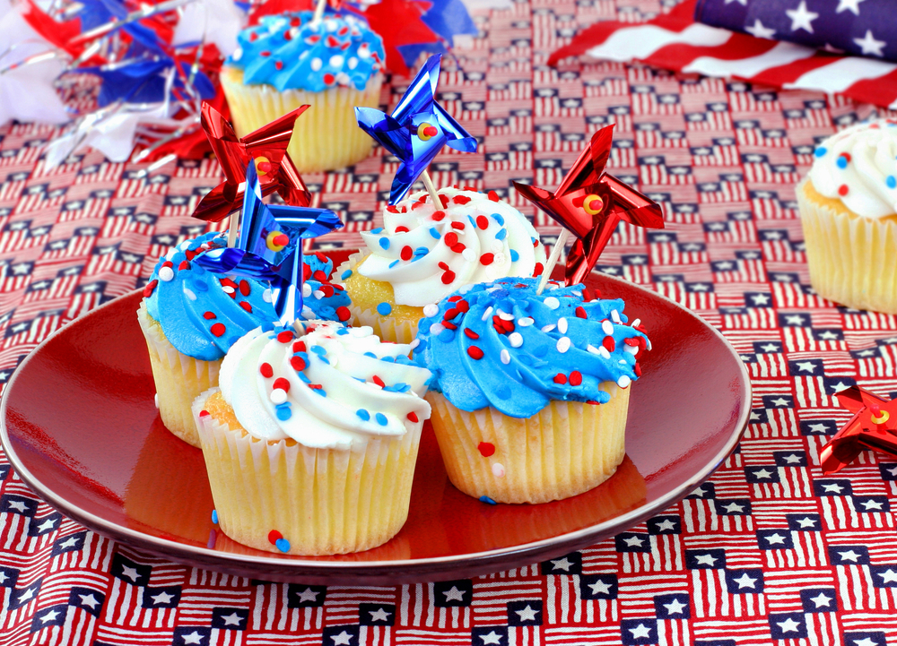 4th of july cupcakes with pinwheels