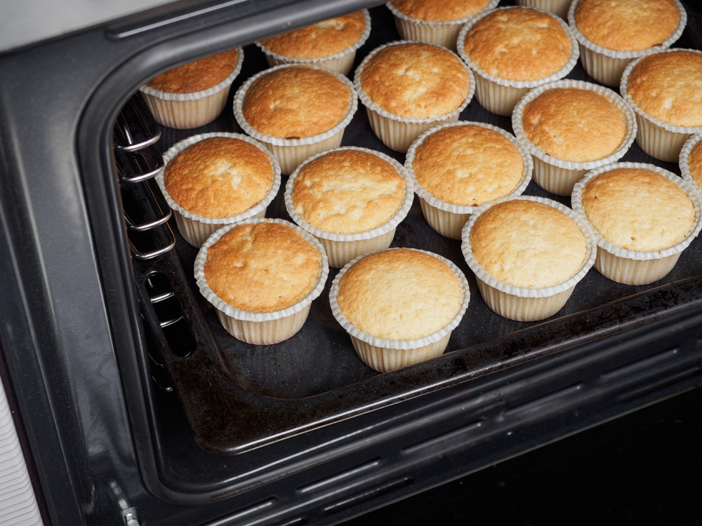 how to store cupcakes out of oven