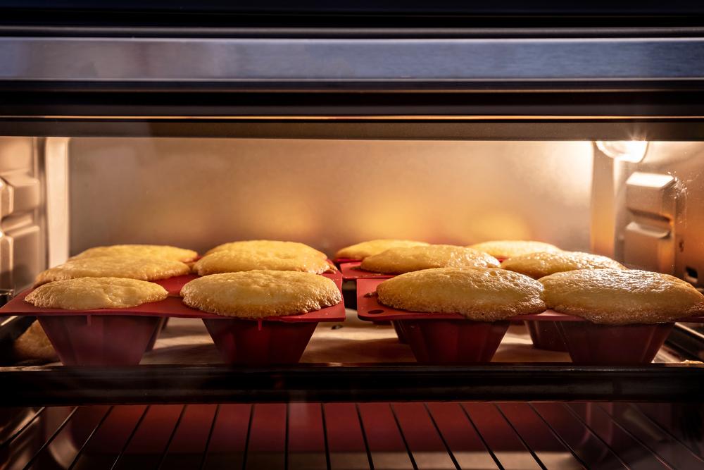best temperature to bake cupcakes