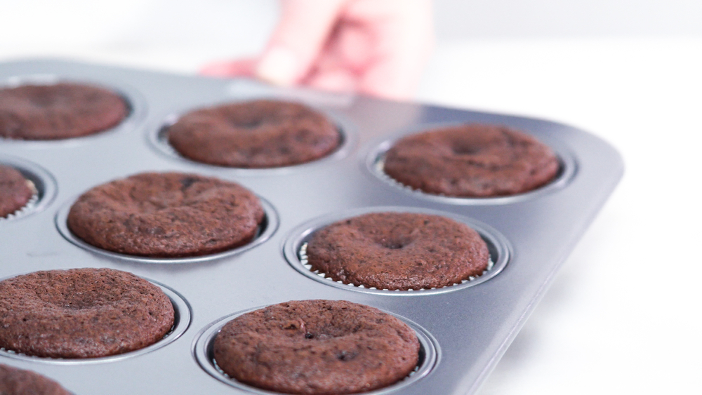 how long do cupcakes take to cool